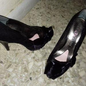 παπούτσια Paris Hilton 39