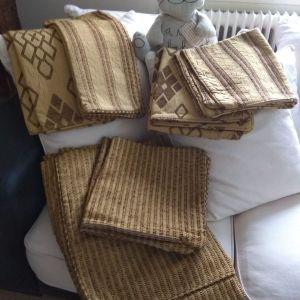 12 θήκες μεταξωτές κεντητές ΒΑΡΒΕΡΗΣ INTERNI, για μαξιλάρια διακοσμητικά ή δαπέδου.