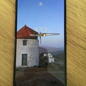 Google Pixel 5 5G *broken screen* works fine