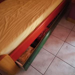 κρεβάτι μονο+γραφείο βιβλιοθήκη εφηβική