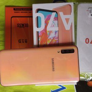 SAMSUNG Galaxy Α70 Dual sim Χρωματος Coral Μνήμη 6 /128. ΜΕ EXTRA !!