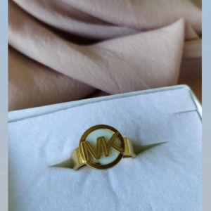 Ατσάλινο Michael Kors δαχτυλίδι Νο18.