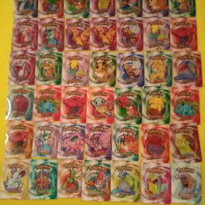 42 κάρτες Πόκεμον πωλούνται όλες μαζί 40 ευρώ