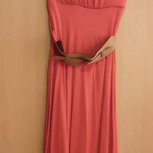Φόρεμα στράπλες