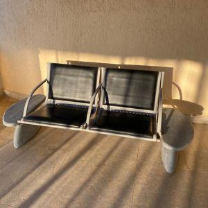 Πωλείται διπλό κάθισμα, βαριά κατασκευή από μέταλλο και γρανίτη