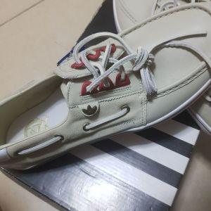 Adidas παπουτσια