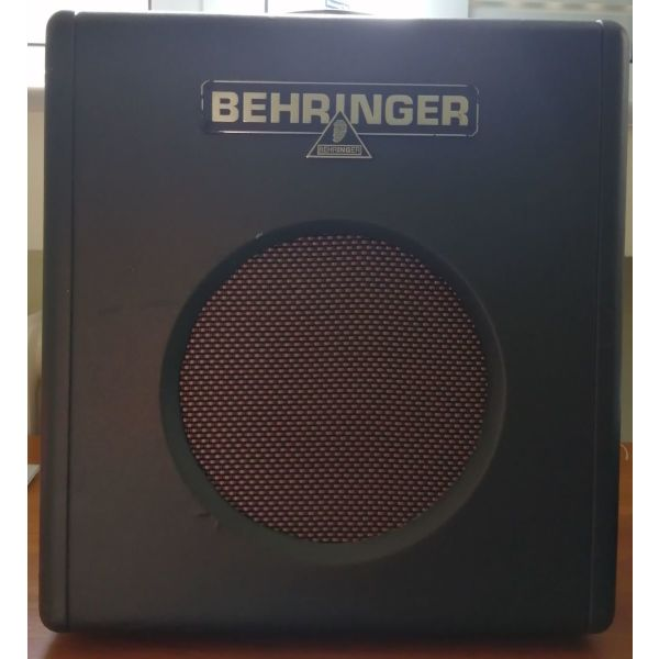Behringer Thunderbird BX108 - 15watt enischitis mpassou