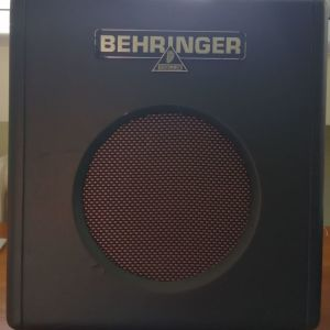 Behringer Thunderbird BX108 - 15watt Ενισχυτής Μπάσσου