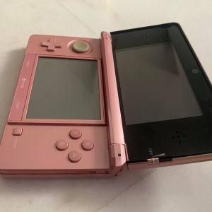 Nintedo 3DS, χωρίς φορτιστή σε άριστη κατάσταση με κασέτες παιχνιδιών
