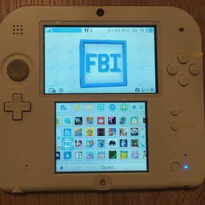 Nintendo 2DS σε αριστη κατασταση με 120 παιχνιδια