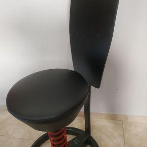 Καρέκλα γραφείου swooper για ασκήσεις