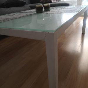 τραπέζι σαλονιού λευκό με τζάμι