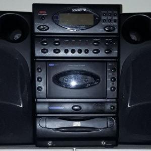 Στερεοφωνικο SONOKO ραδιο,κασετα και cd.