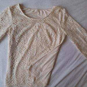 Vintage σπασμένο λευκό,κρεμ μπλουζάκι μακρυμανικο σε  άριστη κατάσταση, αφορετο