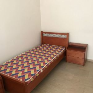 Κρεβάτι από ξύλο μασίφ σε άριστη κατάσταση