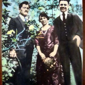 Παλαιά ασπρόμαυρη φωτογραφία σε έγχρωμη (ανατύπωση).
