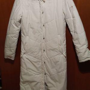 Χειμερινό μπουφάν λευκό πολύ ζεστό σε πολύ καλή κατασταση νούμερο small καλύπτει και medium 45€!