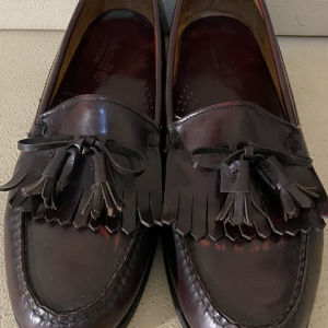men moccasins loafers by timberlands size 43.5 in excellent condition