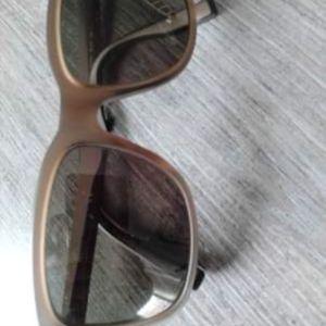 Επώνυμα γυαλιά ηλίου Hugo boss