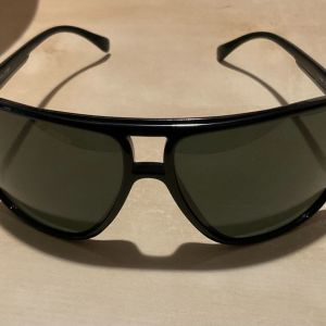 Γυαλιά ηλίου Police
