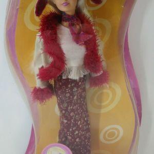 VTG 90's HASBRO SINDY GO GIRL DOLL BRAND NEW MISB SEALED BRAND NEW & RARE!