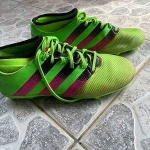 adidas τάπες ποδοσφαίρου νούμερο 42
