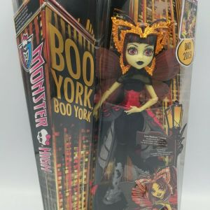 Monster High BOO YORK Luna Mothews Doll #CHW62