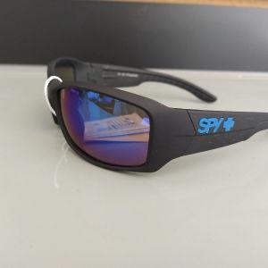 γυαλιά ηλίου δύο σχέδια