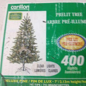 Χριστουγεννιάτικο Δέντρο (2,10)