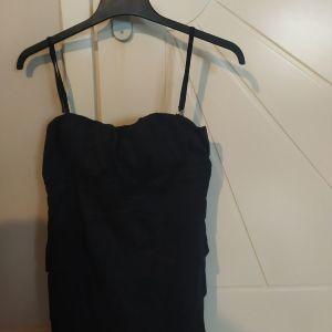 Μαύρο φόρεμα κοντό
