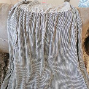 Γυναικεία φούστα μακρυά lynne με φοδρα μεχρι το γόνατο κ σκισιματα στα πλαϊνά