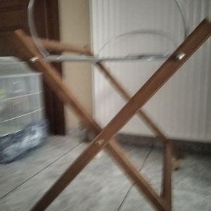 βάση ξύλινη για καλαθούνα