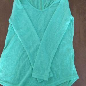Μπλούζα πράσινη με φερμουάρ στην πλάτη