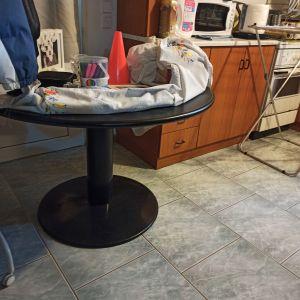 Τραπέζι στρογγυλό Φ130Χ75Η μεταλλική βάση καπάκι post forming