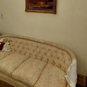καναπές μαζί με 6 πολυθρόνες
