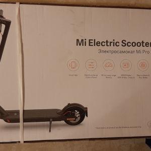 Xiaomi electric scooter pro 2 με το κουτί και απόδειξη