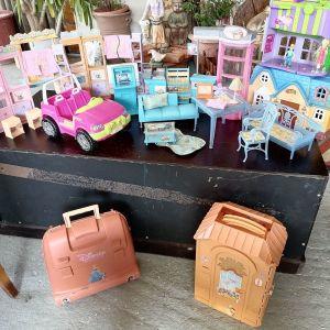 Vintage έπιπλα, τσιπ, σπίτι της barbie. Δώρο τρία έξτρα πράγματα