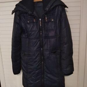 Μπλε αδιάβροχο παλτό