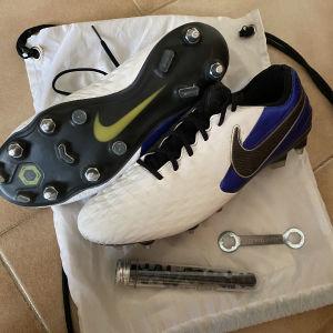 ποδοσφαιρικό παπούτσι nike tiempo legend 8 elite