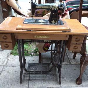 Παλιά ραπτομηχανή EASTERN (Α511)