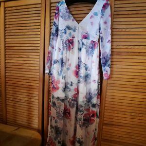 Αέρινο ρομαντικό φόρεμα