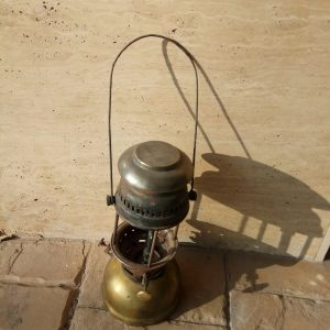 Μπρούτζινη λάμπα πετρελαίου Λουξ