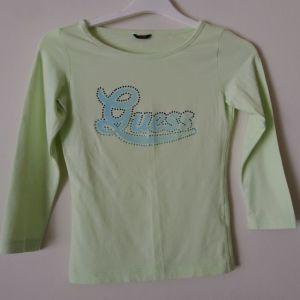 μπλουζάκι GUESS size small/medium  μεταχειρισμένο