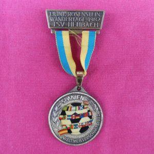 Αναμνηστικό μπρούτζινο μετάλλιο από το Μουντιάλ του 1982 που διεξήχθη στην Ισπανία.