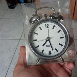 Επιτραπέζιο ρολόι ξυπνητήρι QUARTZ