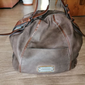 τσάντα Axel
