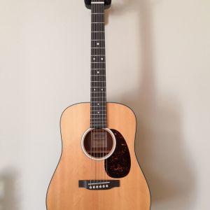 Ακουστική κιθάρα Martin djr-10 (dreadnaught junior) σε υπεράριστη κατάσταση εντός εγγύησης