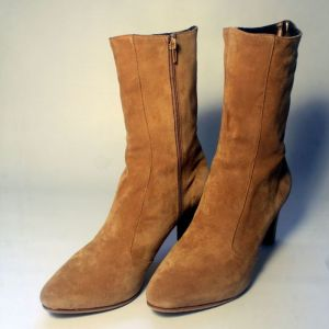 Μπότες χειροποίητες Νο 44 γυναικείες. 100% δερμάτινο καστόρι. Ολοκαίνουριες - Αφόρετες !!! 150 € !