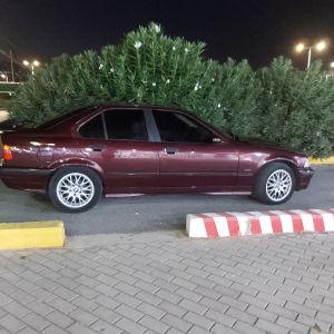 Αμάξι σε καλή κατάσταση