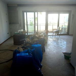 Προς ενοικίαση πολυτελώς ανακαινισμένο διαμέρισμα